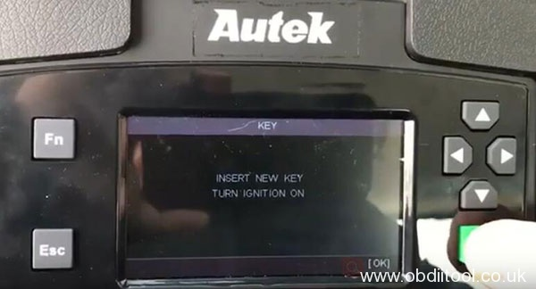 autek-ikey820-ford-usa-key-programming-9